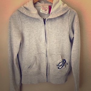 PINK casual zip-up hooded jacket.